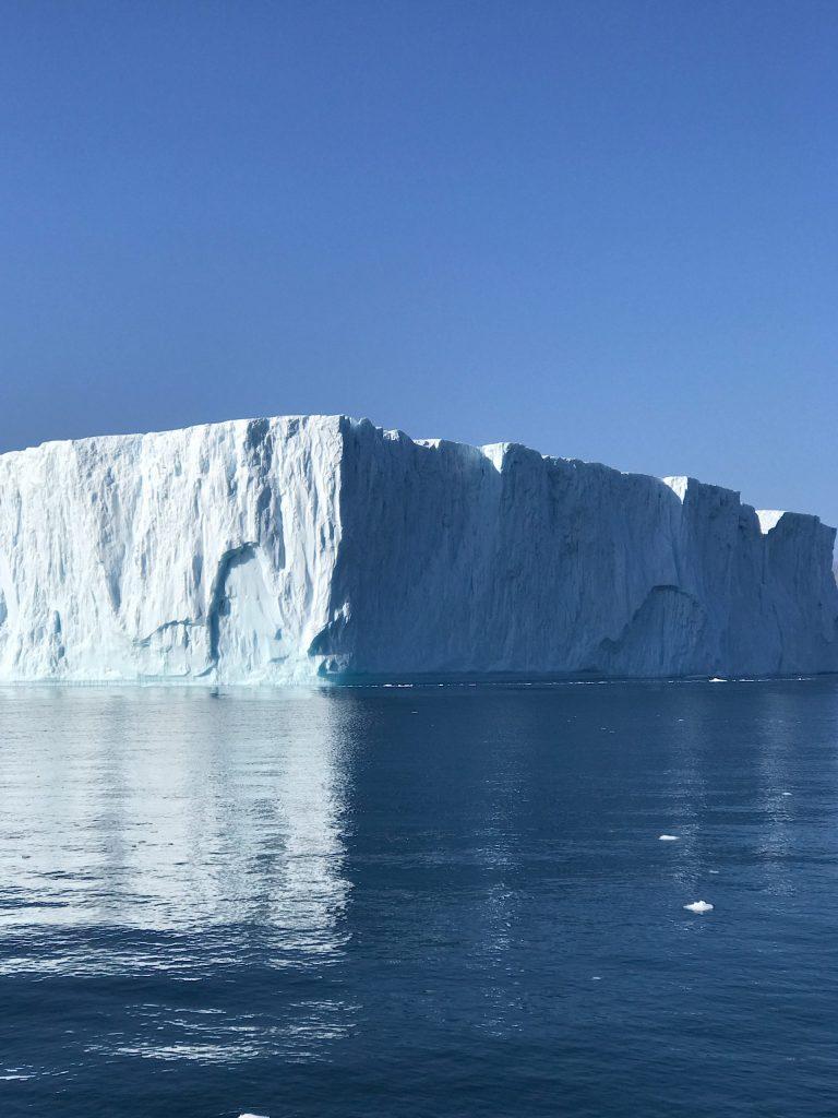 IcebergsInIllulisat
