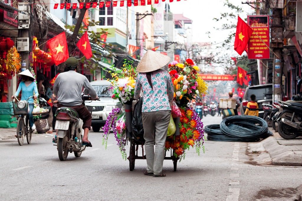 Vietnam_01_HanoiStreets