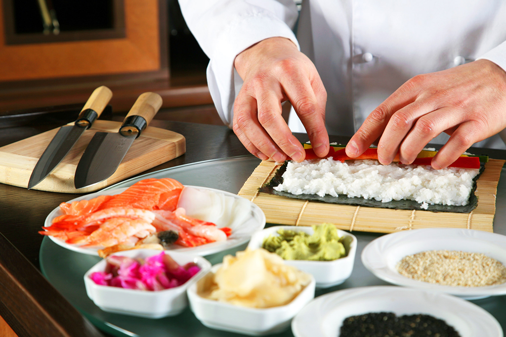 TasteOfJapan_SushiPreparation PHOTO CREDIT Avanti Destinations- rs