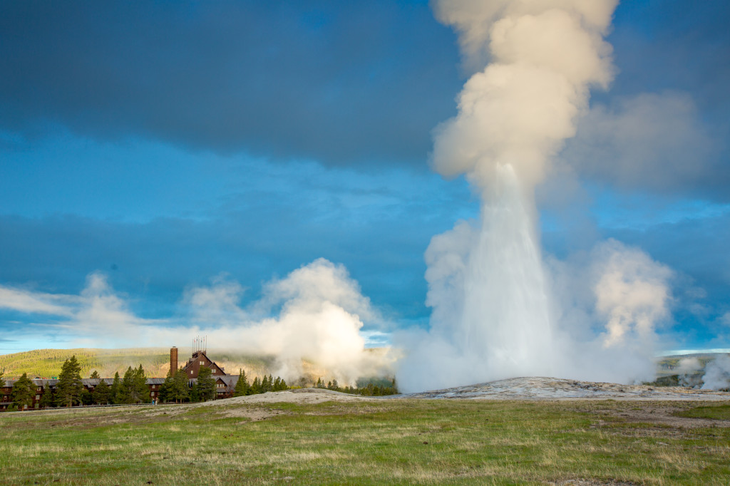 YNPL Old Faithful Geyser and Inn from Ground - Andy Austin