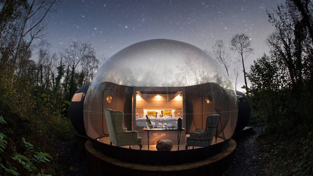 Finn-Lough-Resort_Domes