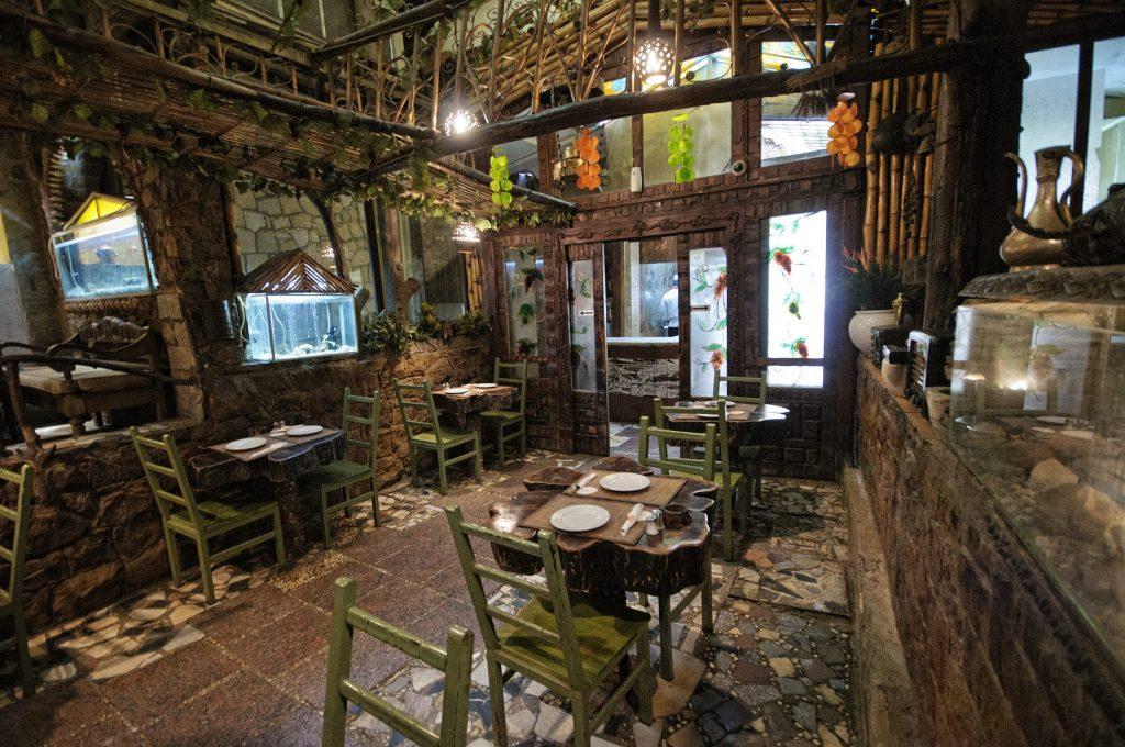 Felfela Restaurant - Local Food Experiences in Cairo