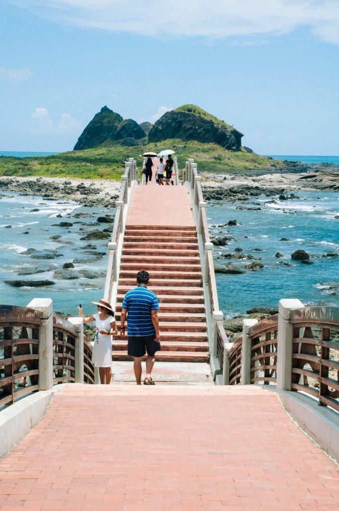The bridge to Sansiantai
