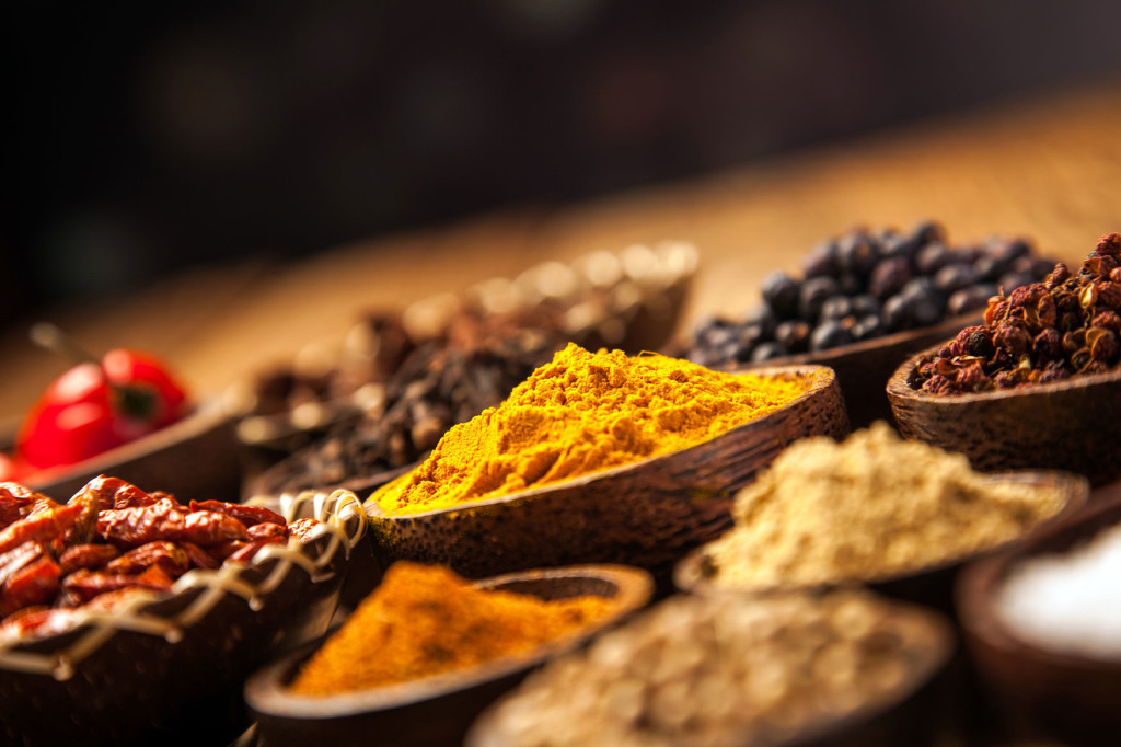 indian-spices-165907088